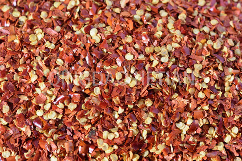 Chilli Flakes 2-4mm with 40% Seeds
