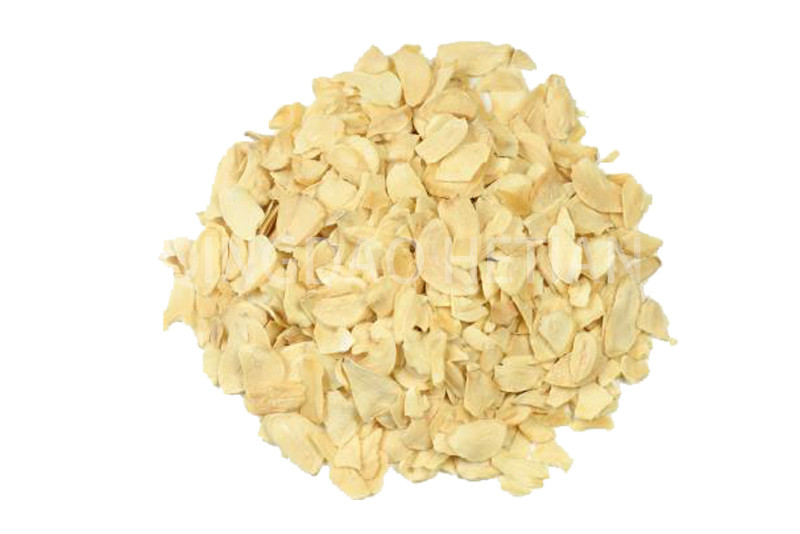 Garlic flakes grade C